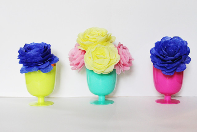 Brewed-Together-DIY-Crepe-Paper-Roses-1