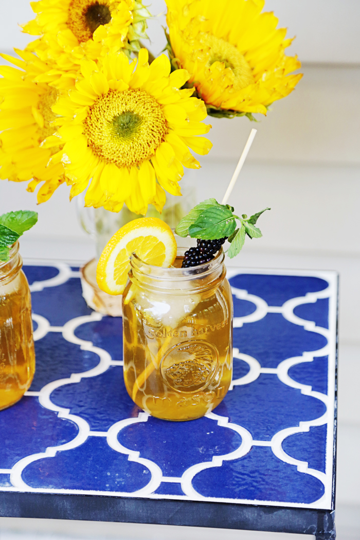 Add some flare and flavor to your green tea by adding mint and oranges with this recipe!   brewedtogether.com