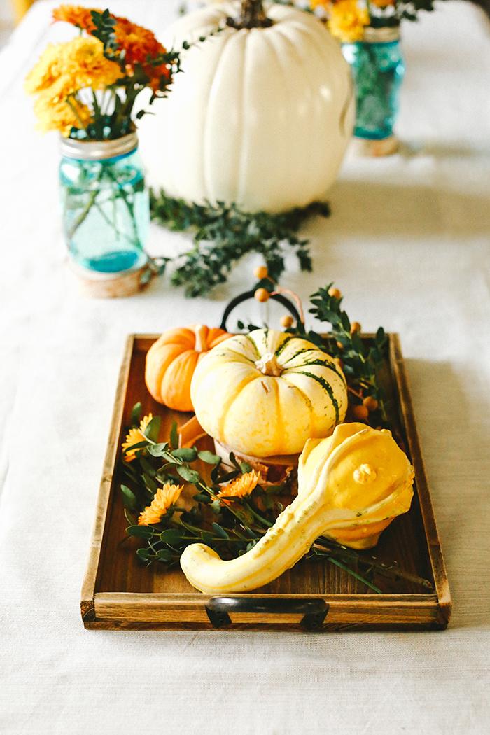 Fall centerpiece   brewedtogether.com